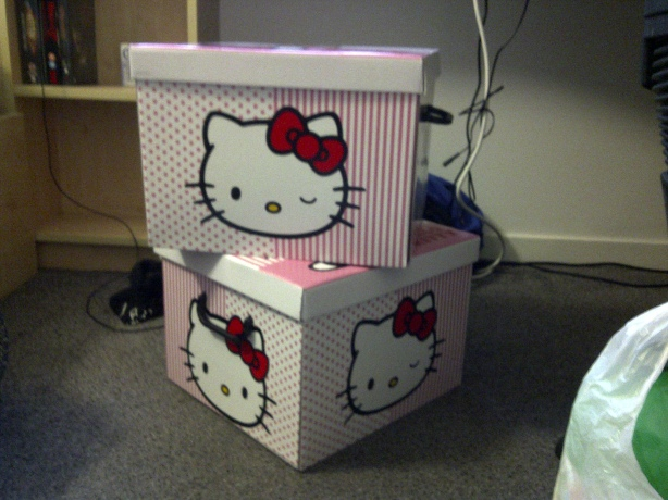 HELLO KITTY! <3